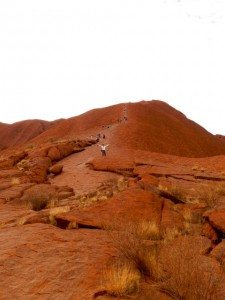 Tommo Climbs up Ayers Rock