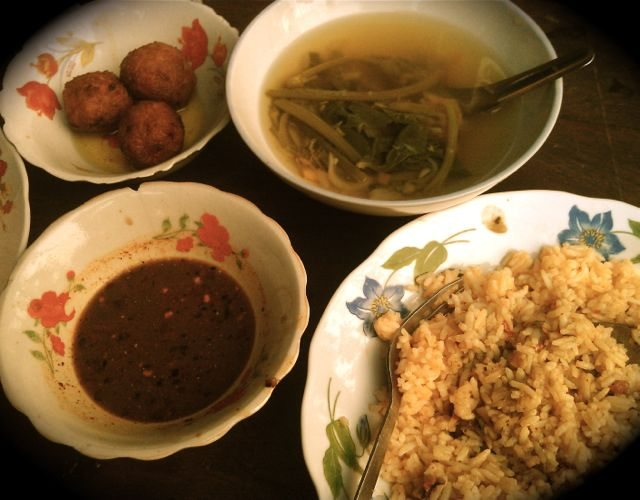 Myanmar Foods: Dishes_Fried Rice, Meatballs & Veg Broth