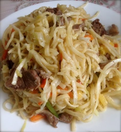Mongolian Food: Tsuivan - Fried noodle with mutton