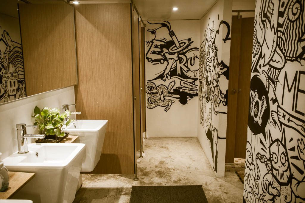 Where to stay in Hong Kong - The Mahjong Design Hostel