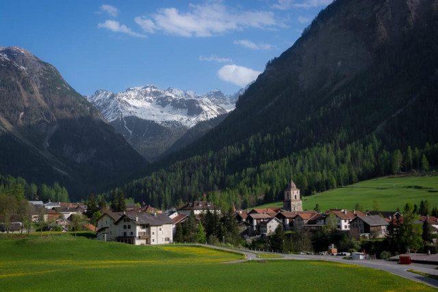 glacier express train ride switzerland (DIY Version)