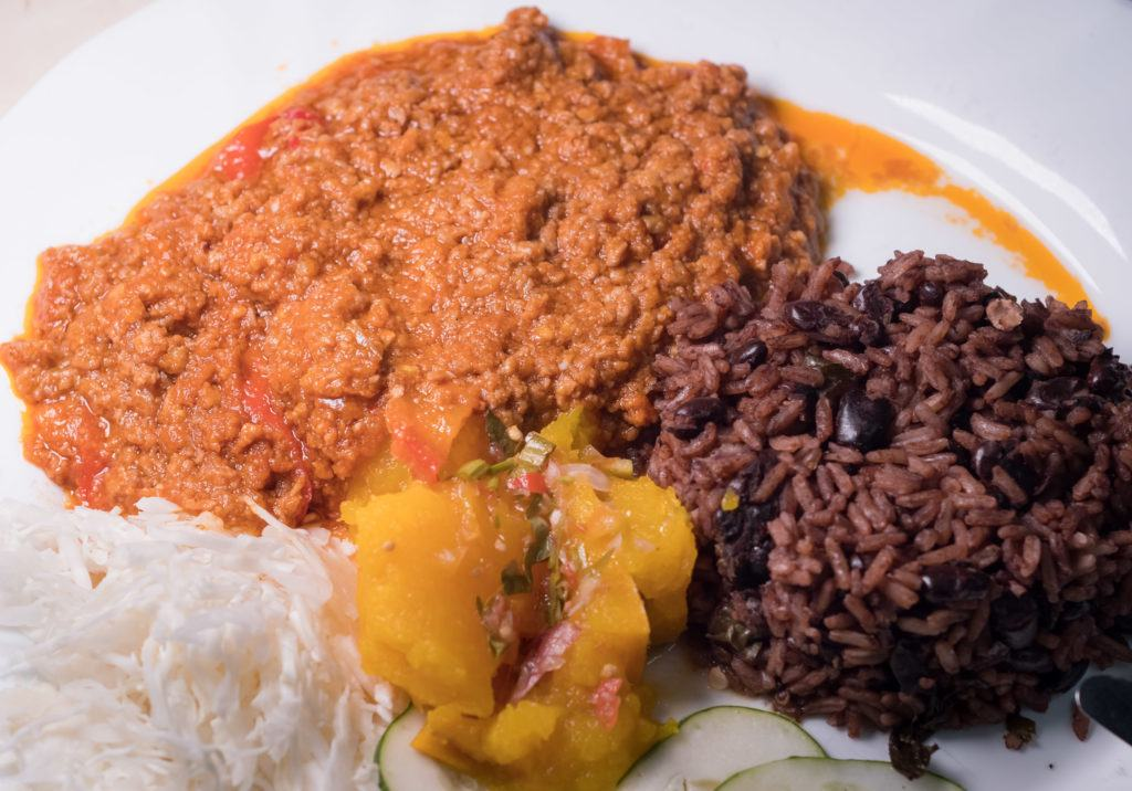 Cuban Cuisine / traditional cuban food history / cuban dishes: Picadillo