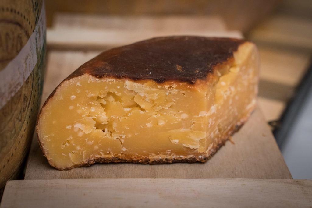 Mallorcan Food / Mallorca Food: Queso de mahon