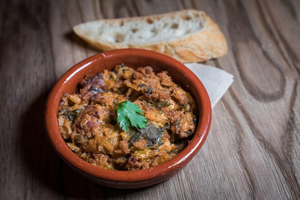 mallorca cuisine: Sopas Mallorquinas. A bready vegetable soup