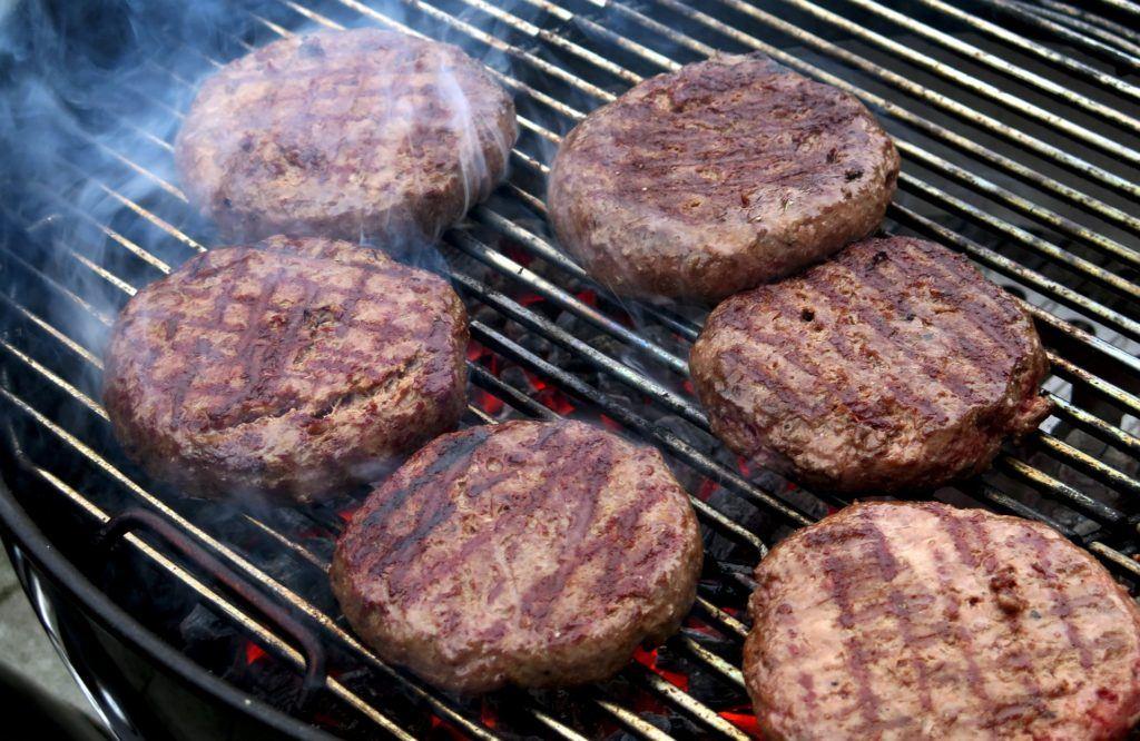 Where Did Hamburgers Originate – Who Invented The Hamburger?
