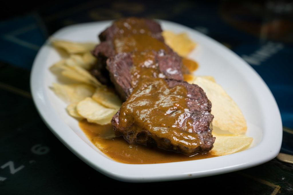 What To Eat In Madrid: Carrillada de Ternera (Beef Cheeks)