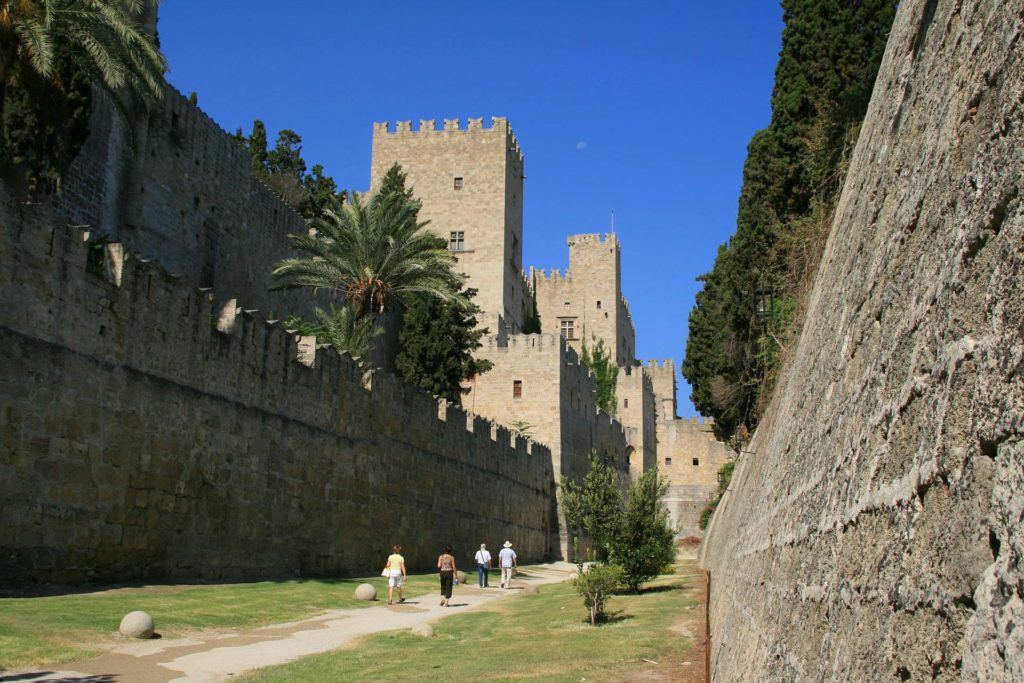 Rhodes Old Town Map | Things To Do In Rhodes Town: Walk The Moat (Old Walls)