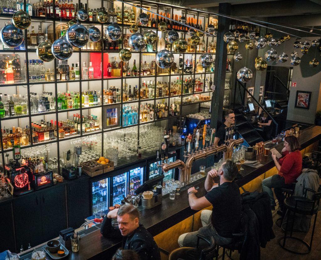 Best Bars In Vilnius: Distilerija